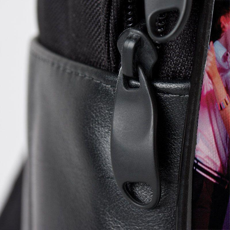 zipper detail of custom backpack