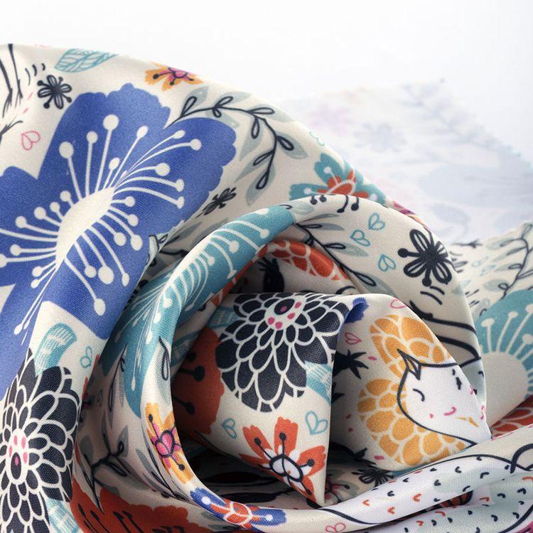 Tissu satin personnalisé avec votre design