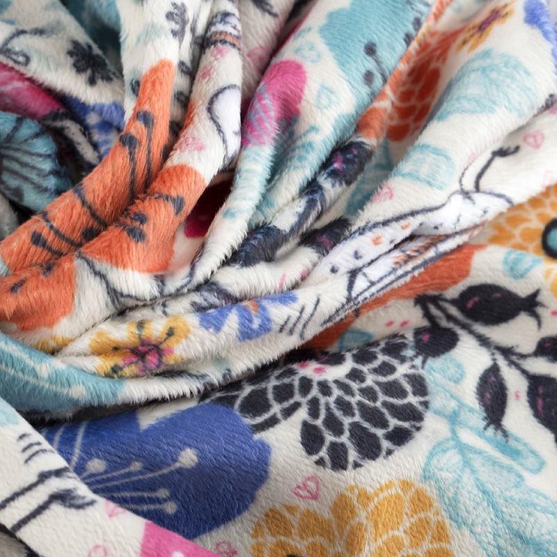 print Plush Velvet fabric swatch