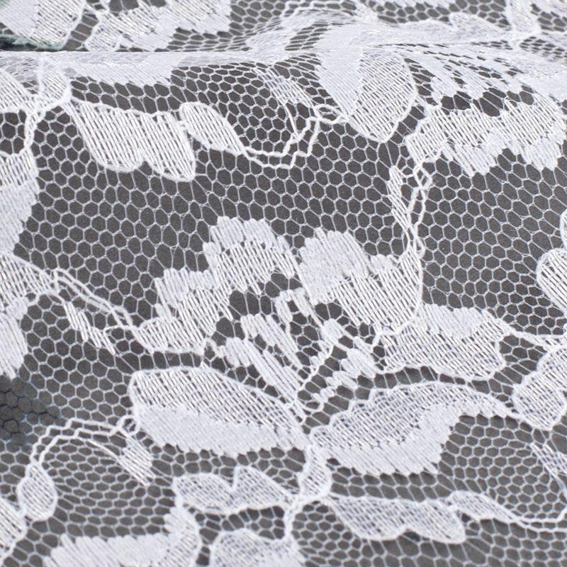 8,50 m  weiße Baumwollspitze in verschiedenen Varianten//aus eigener Herstellung