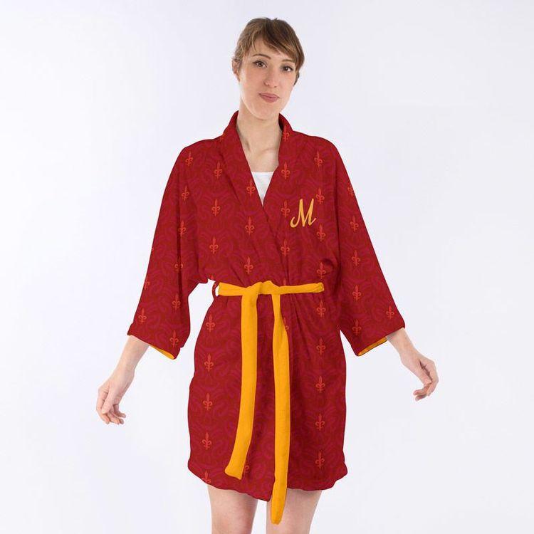 Mjukt och fluffigt material personlig kimono med initialer