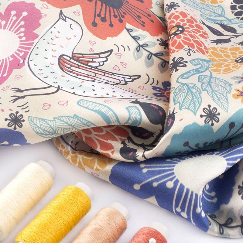Satin Seide bedrucken Fäden in verschiedenen Farben