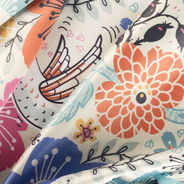 パーソナライズされた着物用シルク・センセーション布