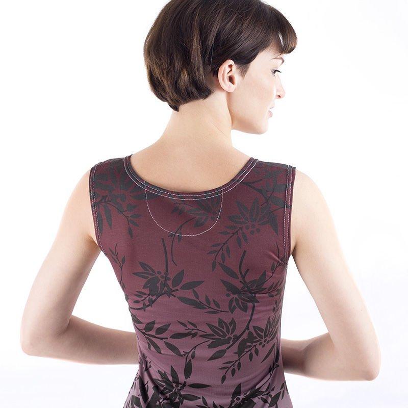 sleeveless bodycon dress detail
