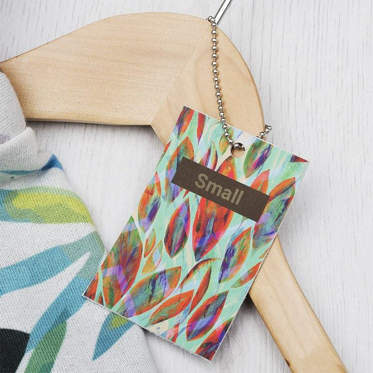 Etiquetas colgantes de cuero personalizadas
