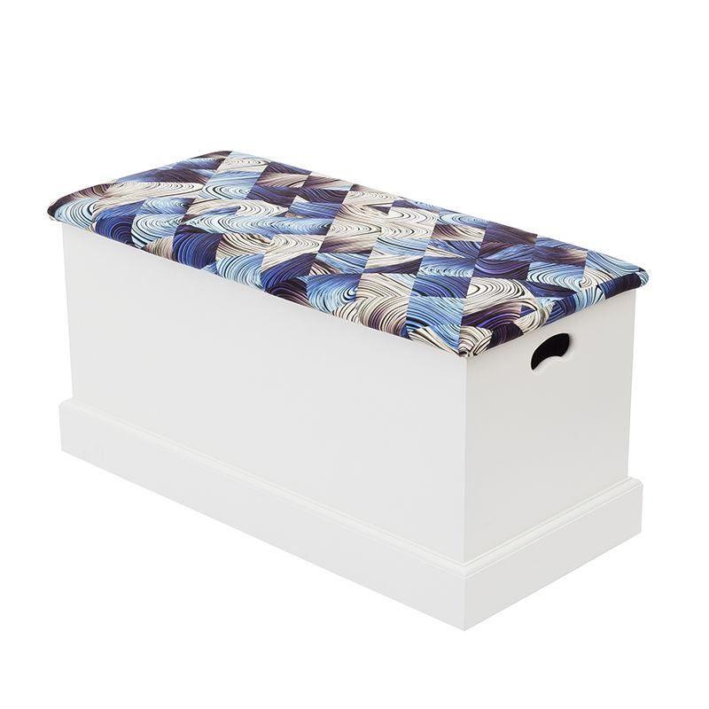 Blanket box lid design blue pattern