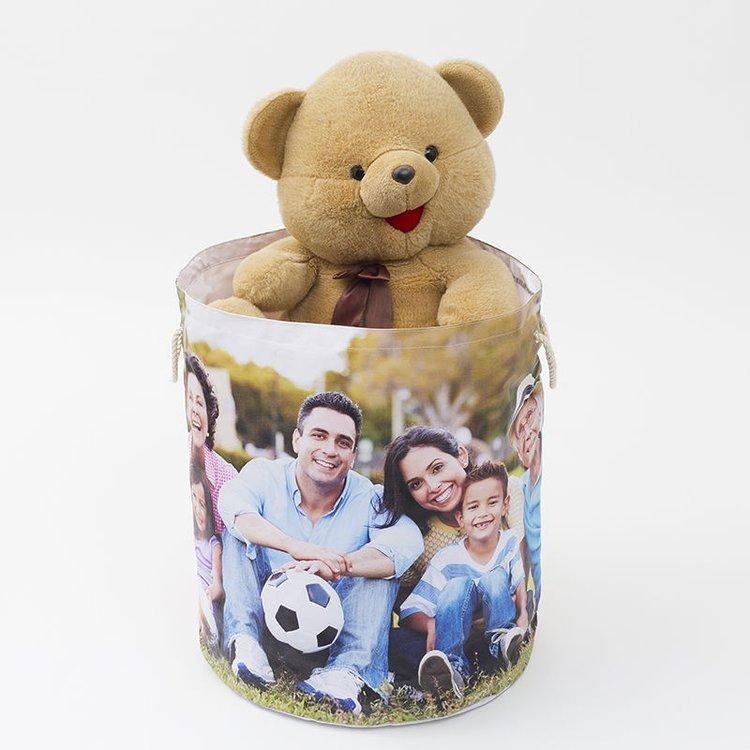 spielzeugsack für kinder gefüllt mit teddybär