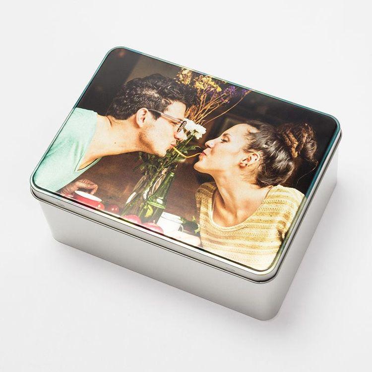 Couple memory box photo gift tin
