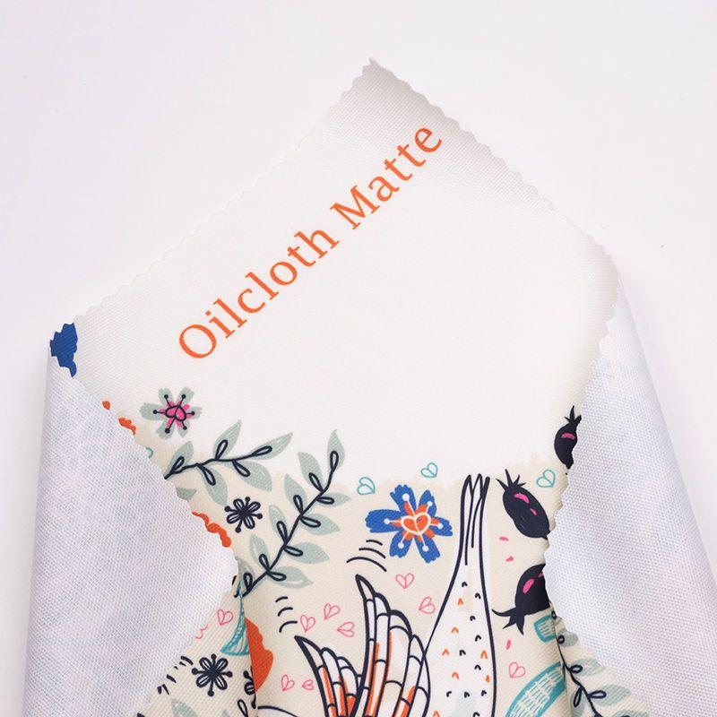 Tissu enduit avec revêtement mat