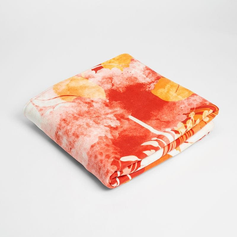 comfort blanket for babies printed with orange design