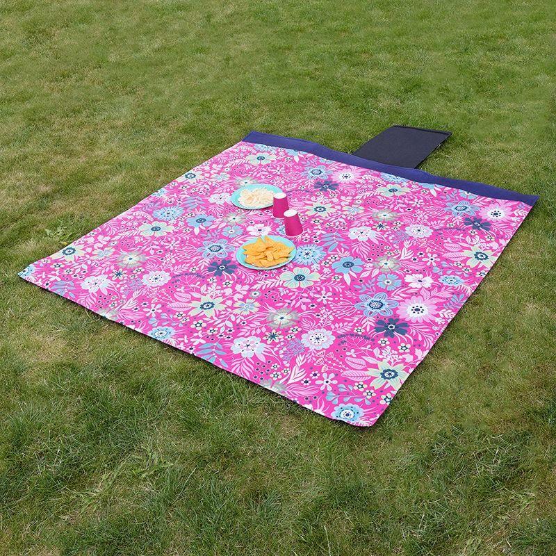 customised picnic blanket