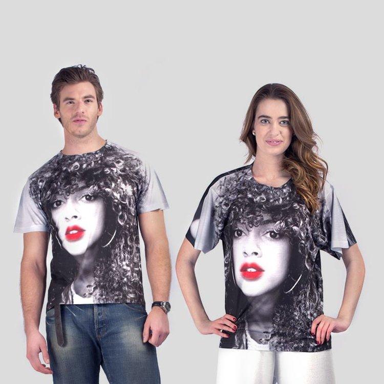 Unisex t-shirt med eget tryck