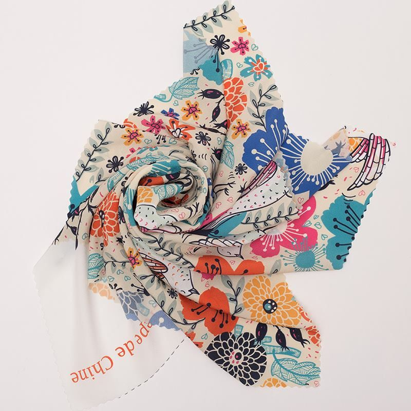 Print custom design crepe de chine fabric