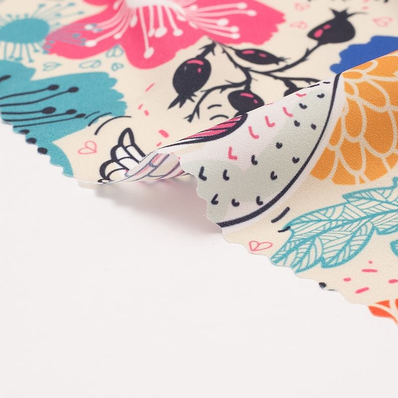Crepe de Chine fabric fold