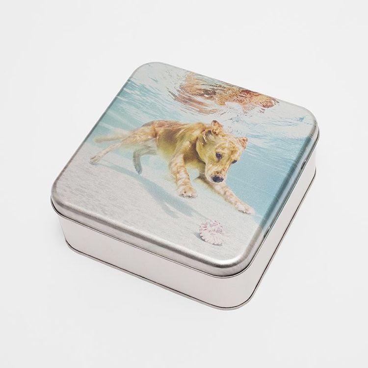 blik voor hondenvoer met print