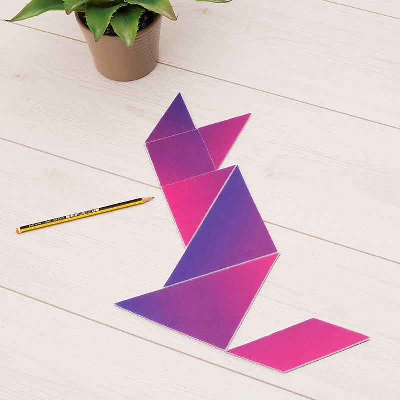Tangram cat shape gradient pattern