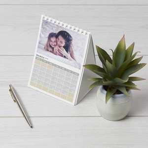 Calendarios para mesa personalizables