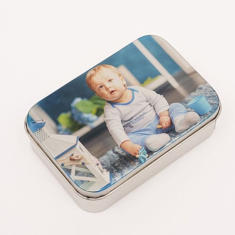 Boite métal imprimée avec photo de bébé