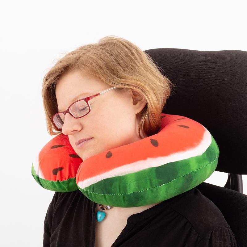 custom travel pillow with model