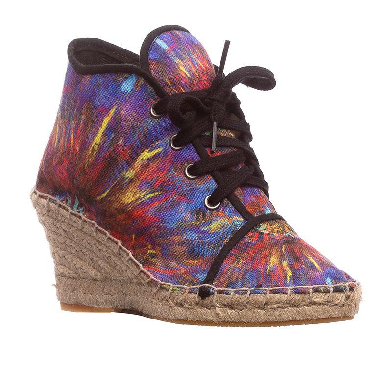 right heeled espadrille