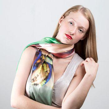 プリントスカーフ
