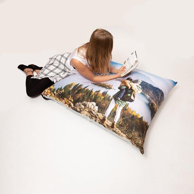 grand coussin de sol pesonnalis coussin de sol imprim. Black Bedroom Furniture Sets. Home Design Ideas