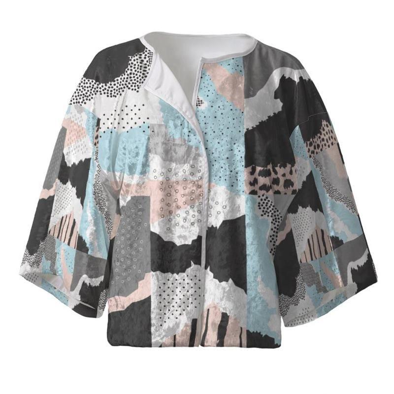 Kimono court imprimé avec dessin coloré