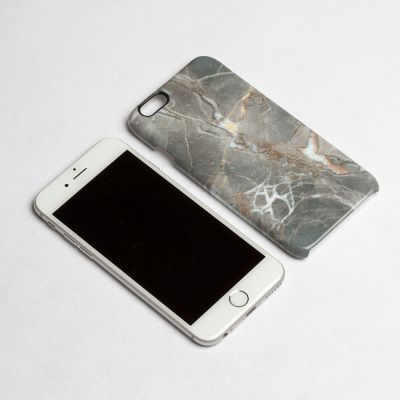 iPhone 6カバー デザイン