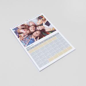 kalender mit eigenen fotos verzieren und drucken lassen