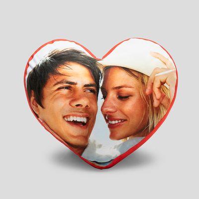 Hjärtformad fotokudde med eget tryck