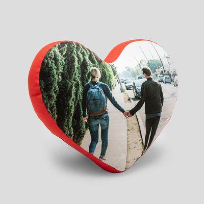 gepersonaliseerd hartvormig kussen