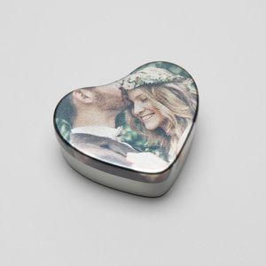 heart shaped tin box