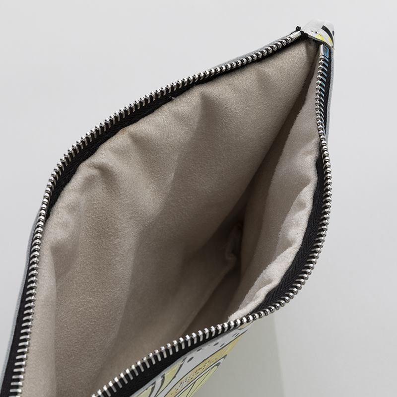 bolso de mano con cadena personalizado interior