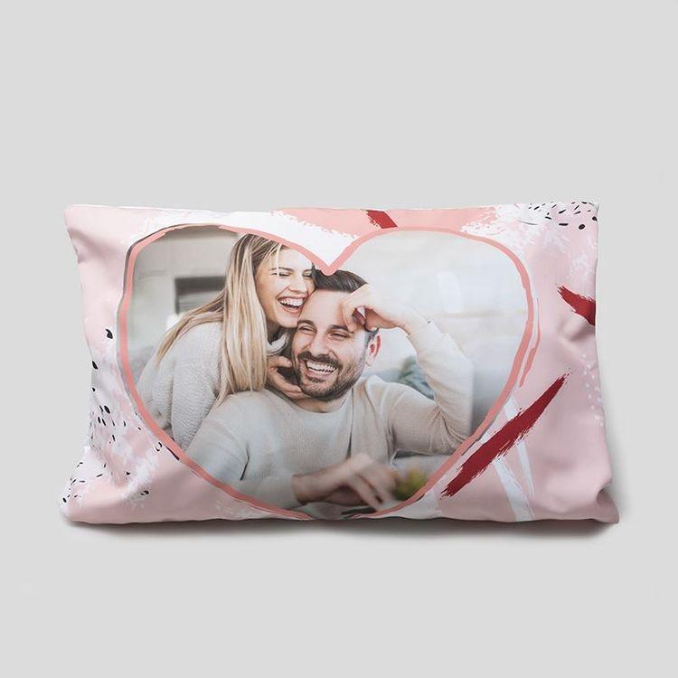Taie d'oreiller romantique en coeur rose