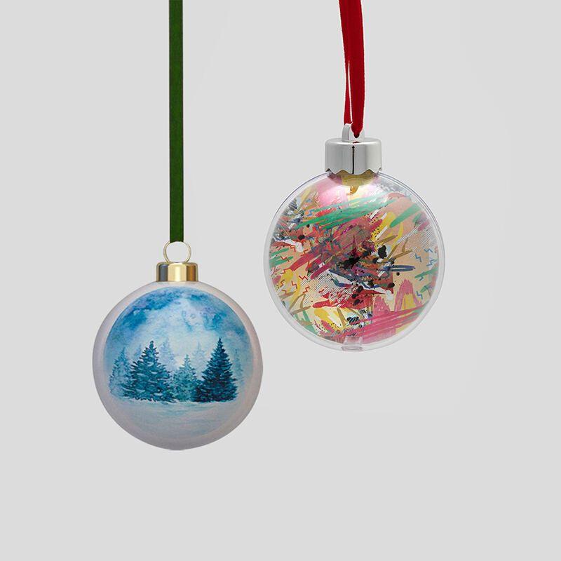 Weihnachtskugel gestalten Porzellan und Kunststoff