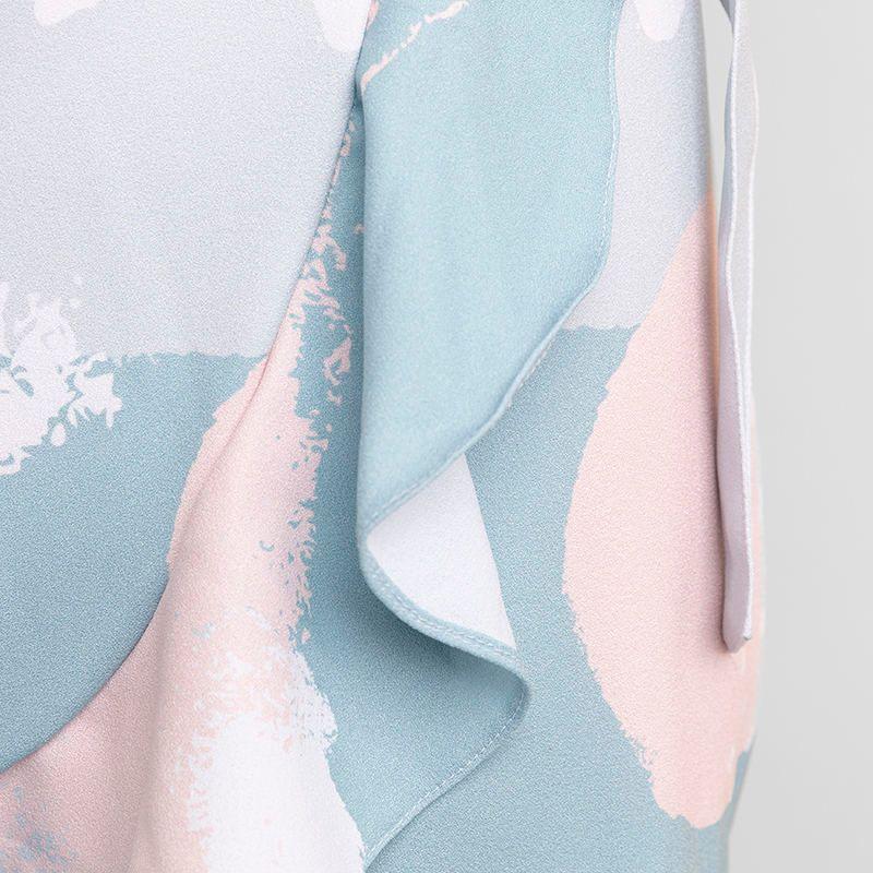 flounce skirt detail