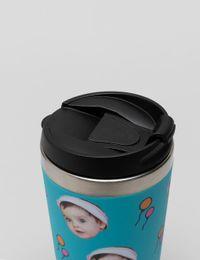 nahaufnahme deckel isolierter kaffeebecher