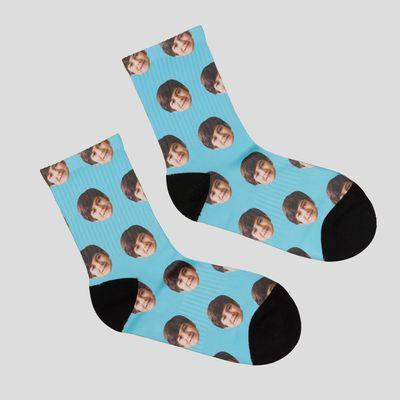 gepersonaliseerde sokken met gezichten