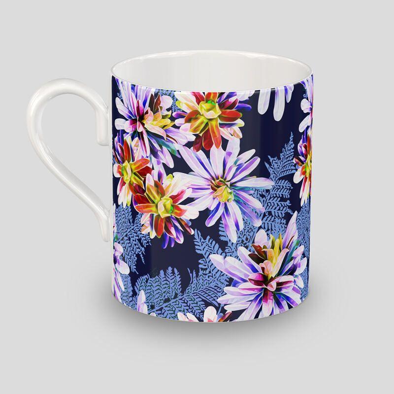 bone china mug bottom