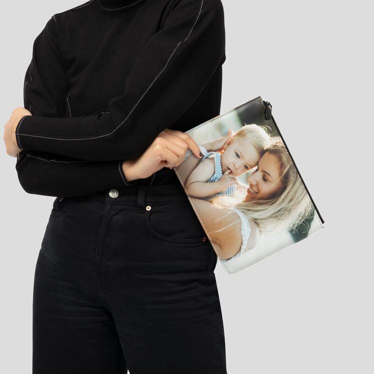 comparaison de taille sac pochette en cuir personnalisé
