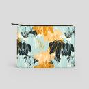 läderväska med tryckt mönster