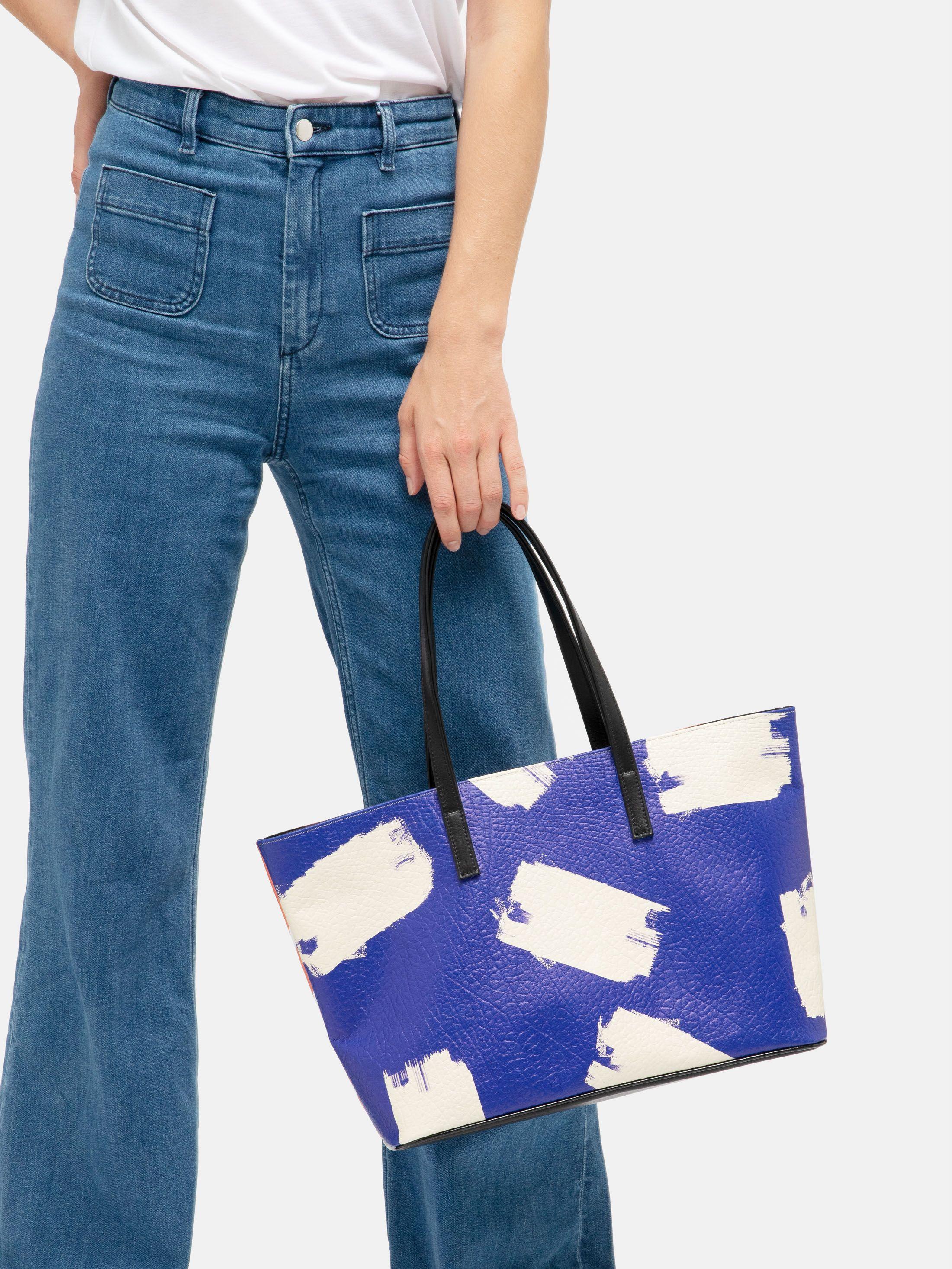 Stampa su borsa tote in pelle
