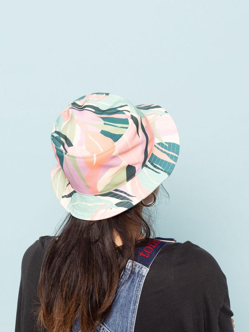 cappelli da pescatore con disegno
