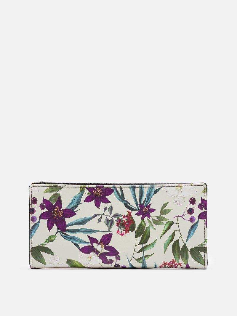 printed travel wallet