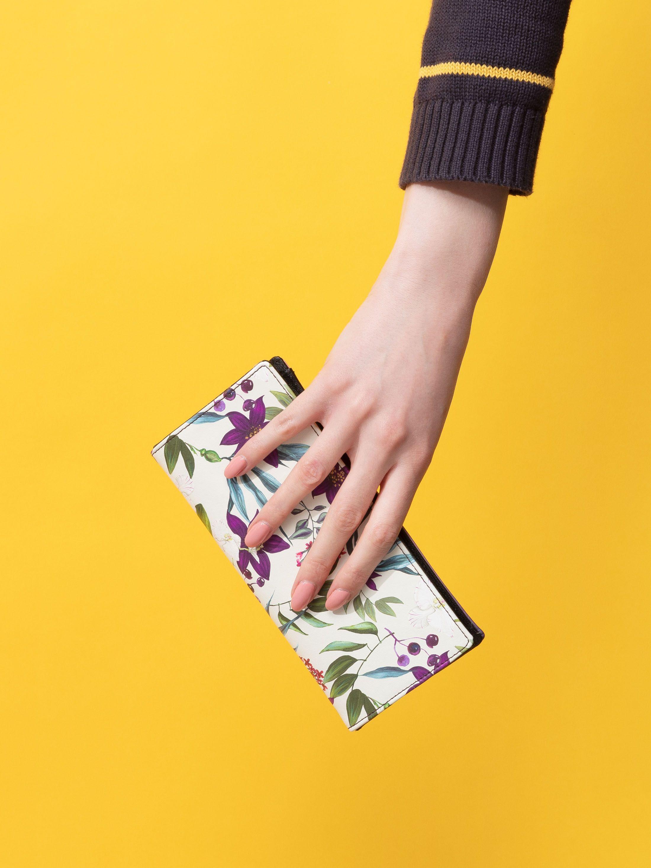 custom made travel wallet