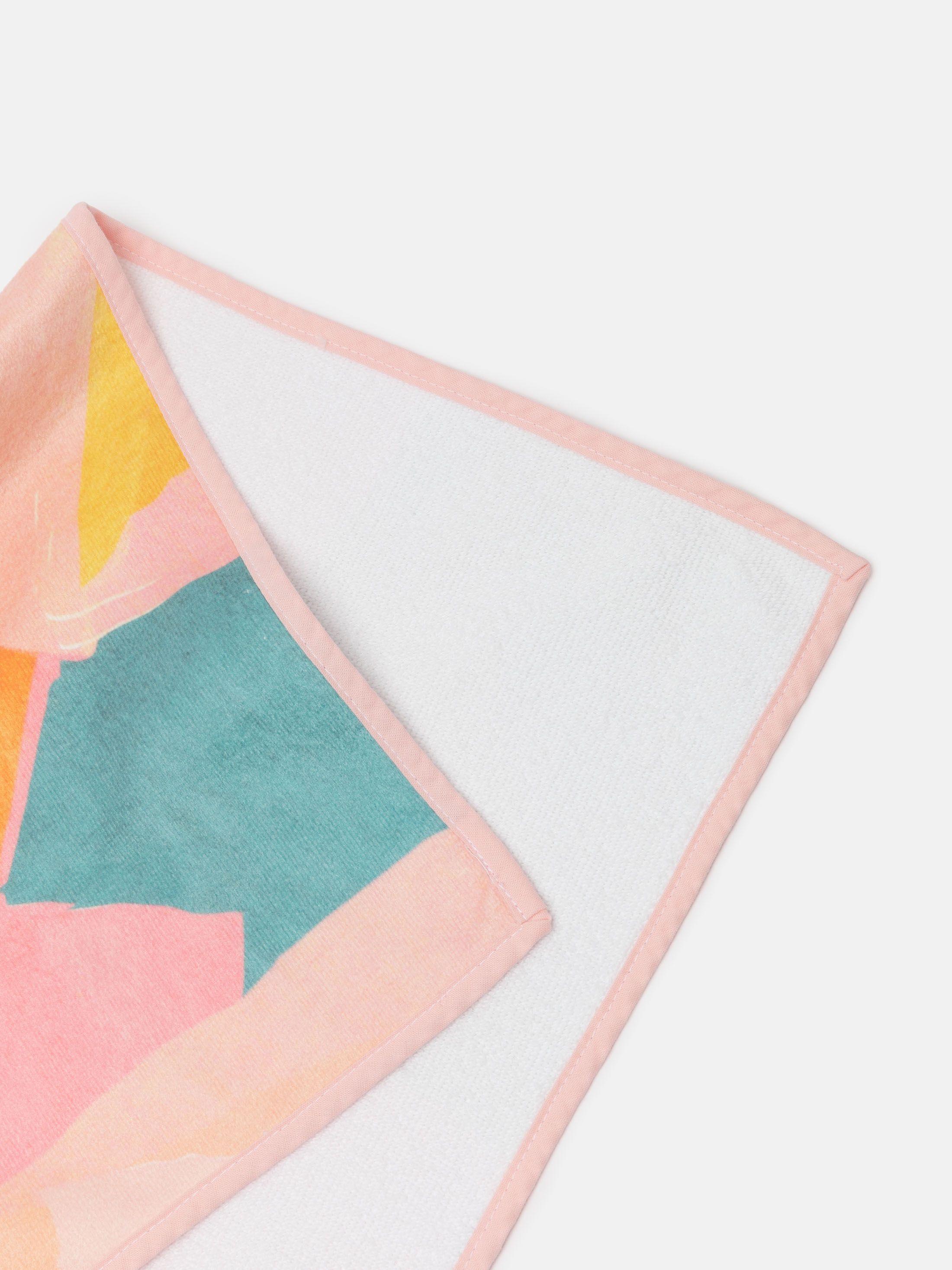 Différentes couleurs pour les bordures de la serviette