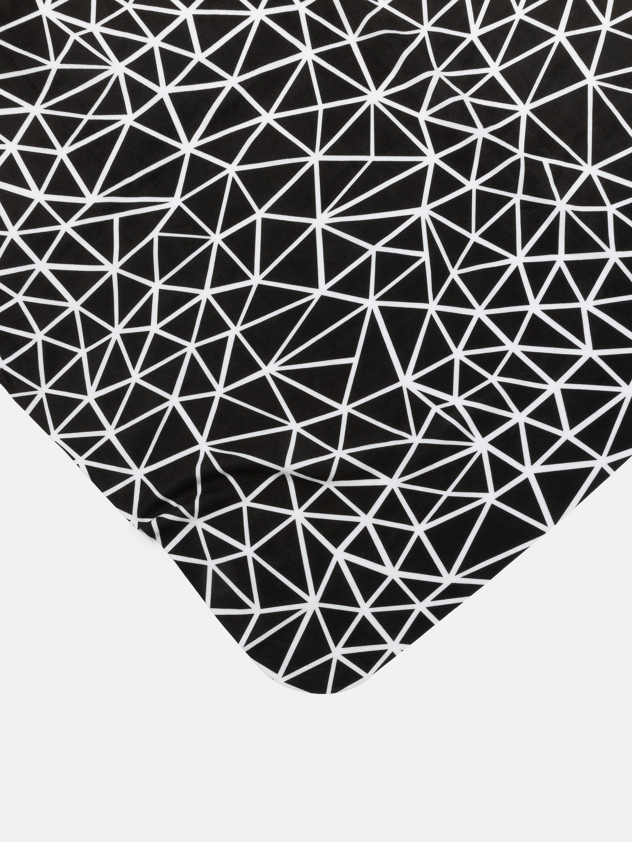 Printed pattern design thin blanket single layer