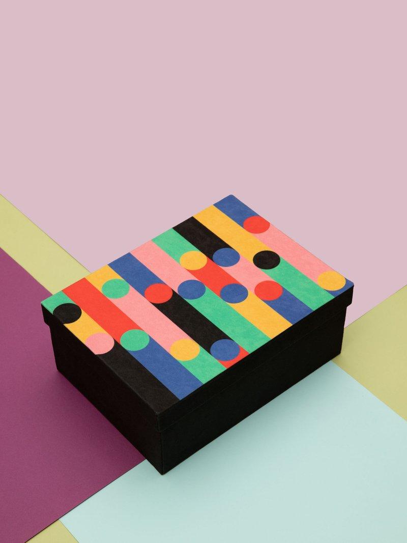 Trois tailles de la boîte de rangement avec design