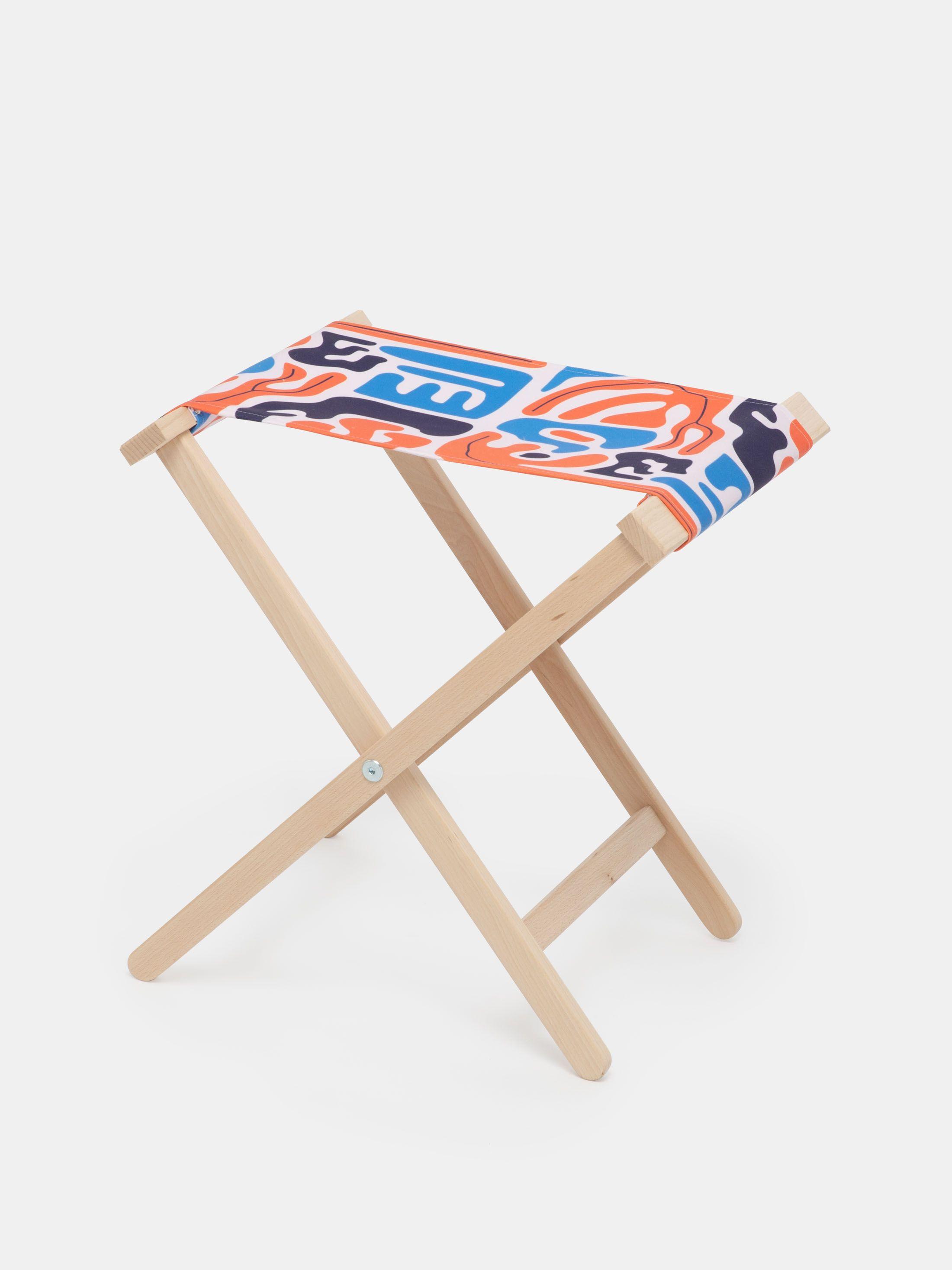 folding camp stool hinge details