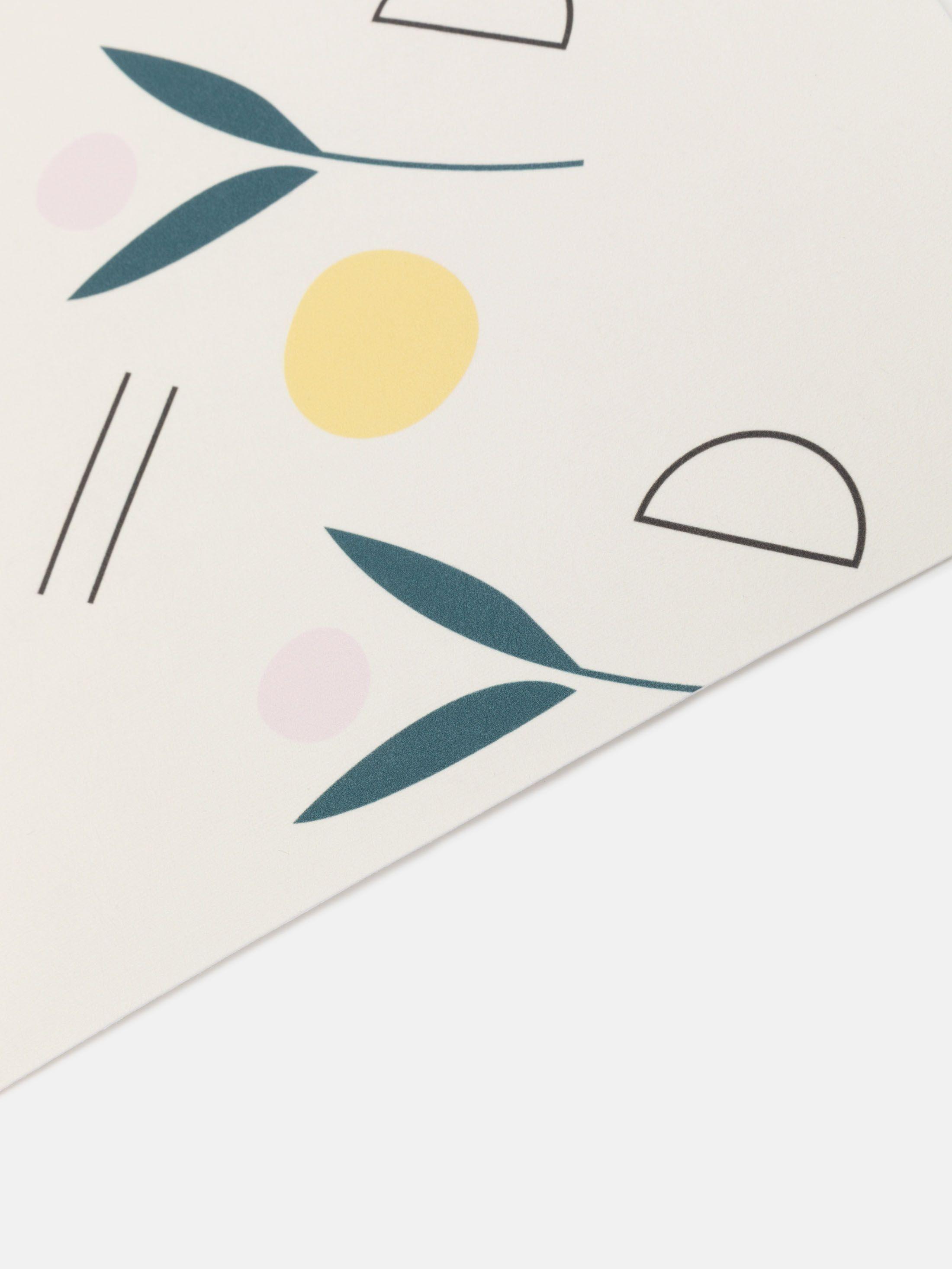 standard wallpaper border